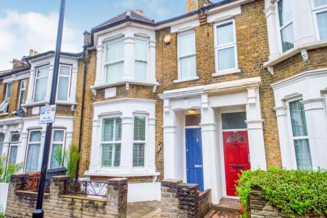 First Avenue, Walthamstow, Waltham Forest, London, E17. 3 bedroom terraced house for sale
