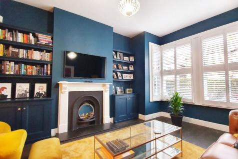 Pulteney Road, South Woodford, London, E18. 4 bedroom semi-detached house for sale