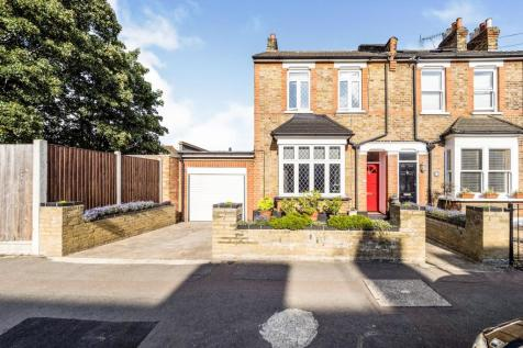 Stanley, Road, South Woodford, London, E18. 3 bedroom semi-detached house for sale