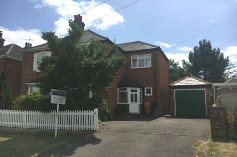 Broad Lane, Lymington, Hampshire, SO41. 3 bedroom semi-detached house