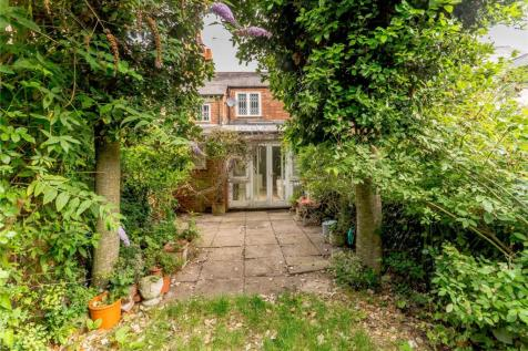 Richmond Road, Jericho, Oxford, OX1. 2 bedroom terraced house for sale