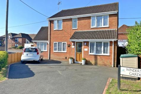 Windermere Gardens, Totton, Southampton, Hampshire, SO40. 4 bedroom detached house