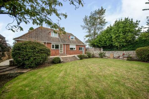 Littlemead, Nottington, Weymouth, Dorset, DT3. 3 bedroom bungalow