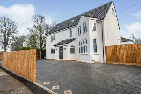 Sandhurst Road, Kingsholm, Gloucester, Gloucestershire, GL1. 5 bedroom detached house for sale