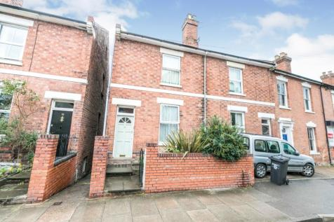 Chestnut Walk, Worcester, Worcestershire, WR1. 8 bedroom semi-detached house