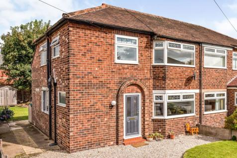 Royston Avenue, Paddington, Warrington, Cheshire, WA1. 3 bedroom semi-detached house