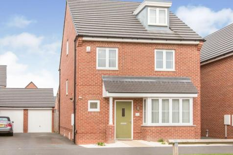 Higher Croft Drive, Crewe, Cheshire, CW1. 4 bedroom detached house