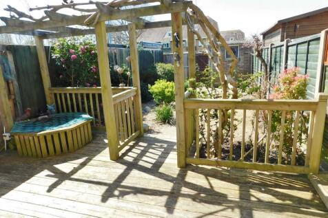 Acorn Close, Gosport. 3 bedroom terraced house
