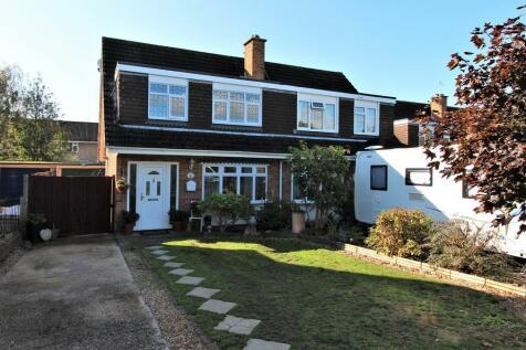 Clayhall Road, Alverstoke,. 3 bedroom semi-detached house for sale