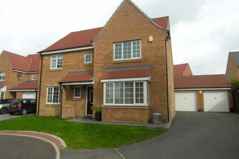 Boundary Drive, Wakefield. 4 bedroom detached house