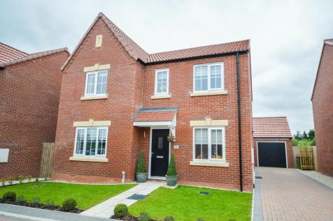 Prince Albert Court, Wakefield. 4 bedroom detached house for sale