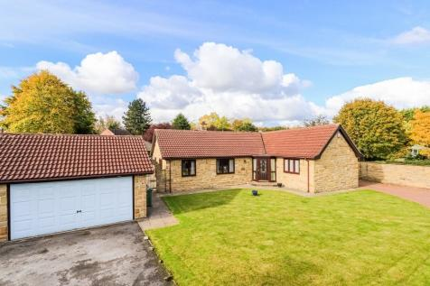 The Paddock, Broomhall Avenue, Wakefield. 3 bedroom detached bungalow for sale