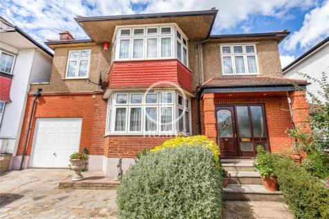 Crespigny Road, London, NW4. 5 bedroom detached house