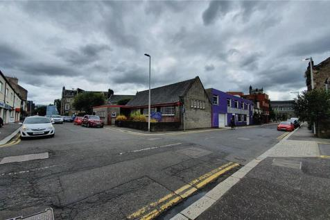 9 , Silk Street, Paisley, PA1 1HG. Property for sale