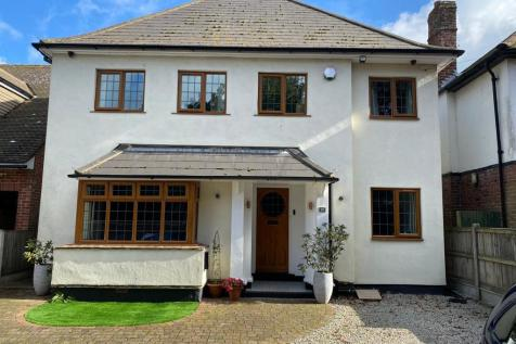 Callis Court Road, Broadstairs. 5 bedroom detached house for sale