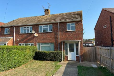 Grange Road, Broadstairs. 3 bedroom semi-detached house