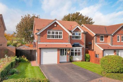Friston Way, Rochester. 4 bedroom detached house for sale