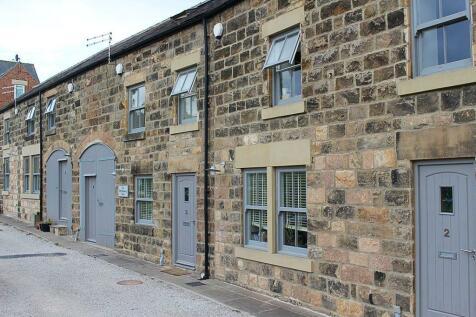 Devonshire Mews, Lime Street, Harrogate HG1 4BG. 3 bedroom terraced house