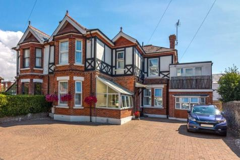Heene Road, Worthing. 6 bedroom semi-detached house