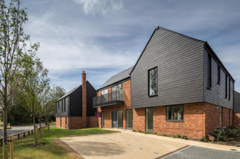 Channels Drive, Chelmsford, CM3 3FU. 4 bedroom detached house for sale