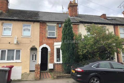 Blenhiem Road, Reading, RG1 5NQ. 4 bedroom terraced house