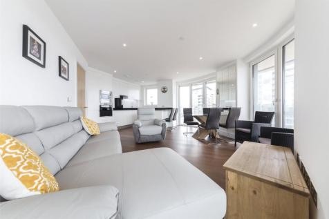 Gateway Tower, 28 Western Gateway, London, E16. 3 bedroom apartment for sale