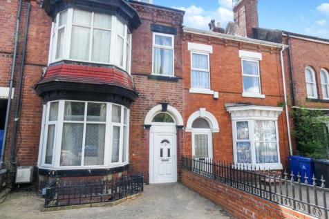 Kings Road, Doncaster, DN1. 4 bedroom terraced house