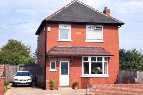 Lingwell Gate Lane, Wakefield, WF1. 4 bedroom detached house for sale