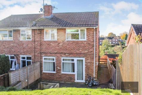Iolanthe Drive, Exeter. 3 bedroom semi-detached house