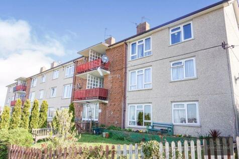 Blackthorn Crescent, Exeter. 2 bedroom flat