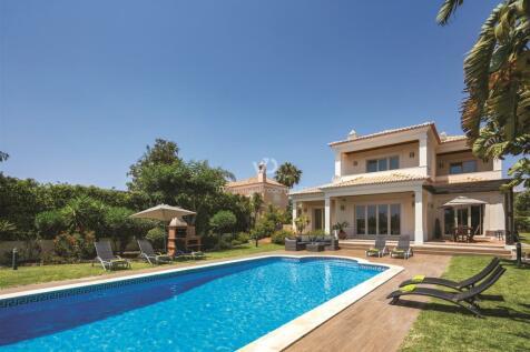 Algarve, Vilamoura. 5 bedroom villa