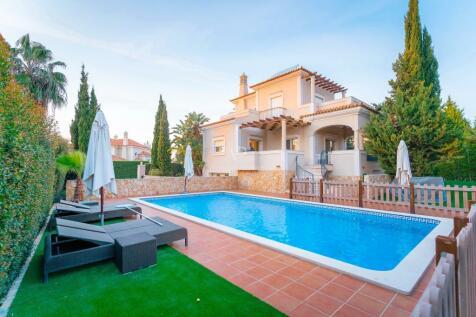 Algarve, Almancil. 5 bedroom villa