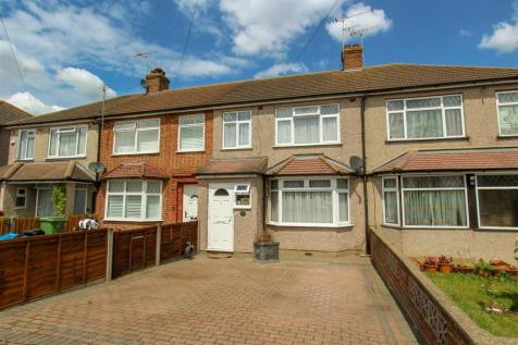 Sutton Court Road, Hillingdon. 3 bedroom terraced house