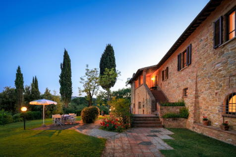 Tuscany, Florence, Montaione. 12 bedroom country house for sale