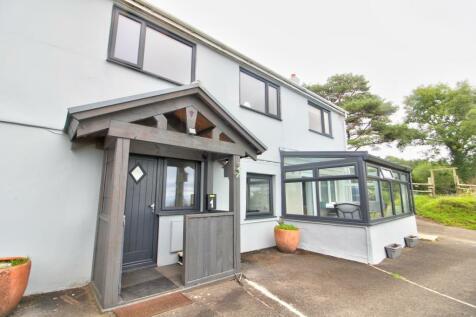 Danybeacon , Swansea. 4 bedroom farm house for sale