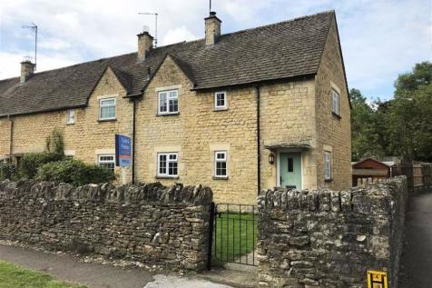 Witney Street, Burford, Oxfordshire. 2 bedroom end of terrace house
