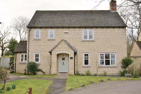 Glissard Way, Bradwell Village, Nr Burford, Oxfordshire. 4 bedroom detached house