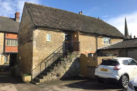 Burford Street, Lechlade, Gloucestershire. 2 bedroom barn conversion