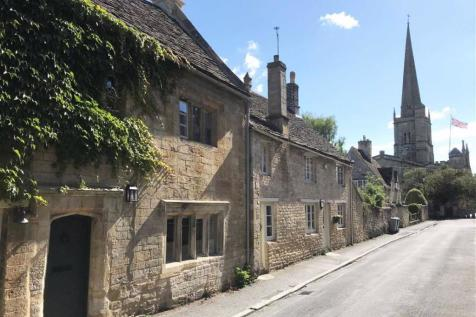 Lawrence Lane, Burford, Oxfordshire. 3 bedroom terraced house