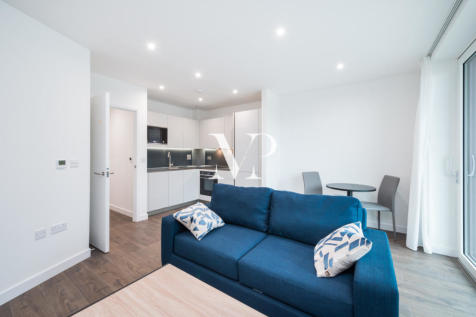 Hartingtons Court, Coster Avenue, London, N4. 1 bedroom apartment