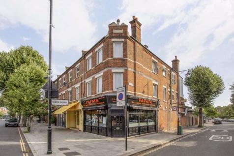 Elers Road, London. 4 bedroom flat