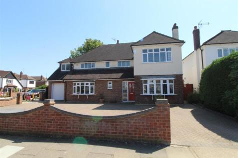 Nelmes Crescent, Emerson Park. 4 bedroom detached house for sale