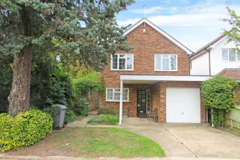 Sudbury Hill Close, Wembley, Middlesex HA0. 4 bedroom detached house