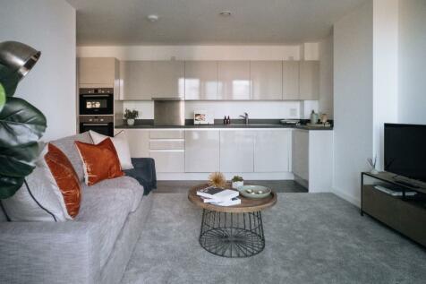 Sutton Plaza, Sutton, Surrey, SM1. 1 bedroom apartment