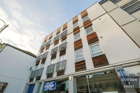 Townview, High Road, Loughton. 1 bedroom apartment