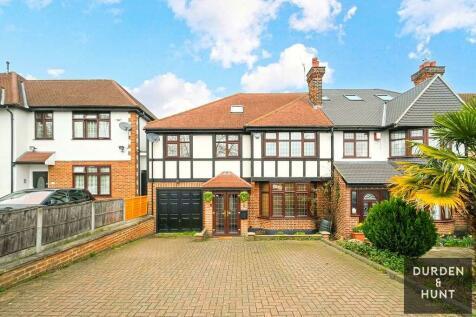 Palmerston Road, Buckhurst Hill property