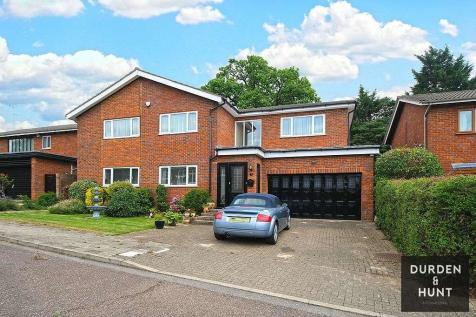 Templars Drive, Harrow, HA3. 4 bedroom detached house