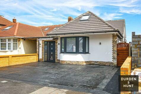 Kirkland Avenue, Clayhall, IG5. 5 bedroom semi-detached bungalow