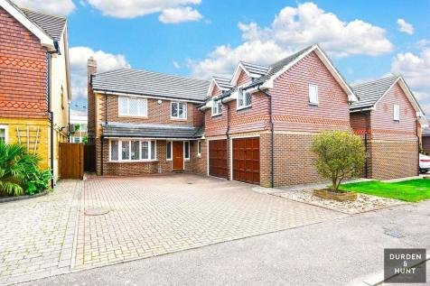 Brunel Close, Romford, RM1. 5 bedroom detached house for sale