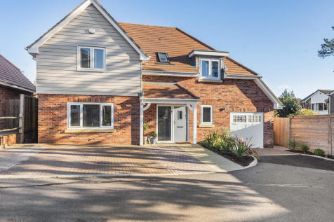 Copperview Mews, Waterlooville. 3 bedroom detached house for sale